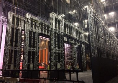 Bollywood -Dubai parks chooses Eurotruss as support structure for large LED backdrop