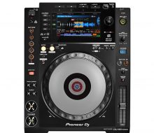 CDJ 900NXS Performance DJ multi player with disc drive